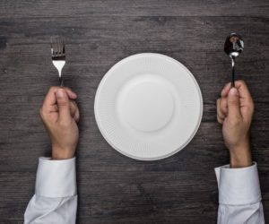 Người gầy nên ăn gì để tăng cân