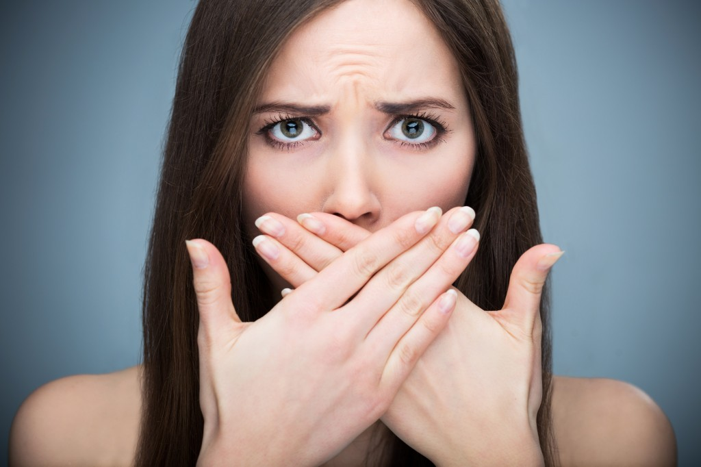 Bệnh dạ dày gây tình trạng ợ hơi