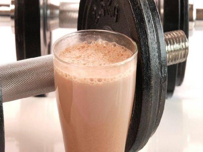 uống sữa tăng cân cần khoa học hợp lý