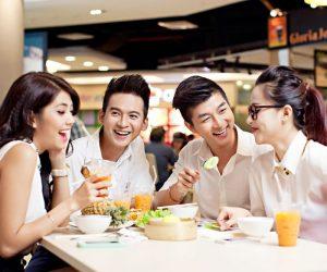 Người bị đau dạ dày nên chú ý đến chế độ ăn uống