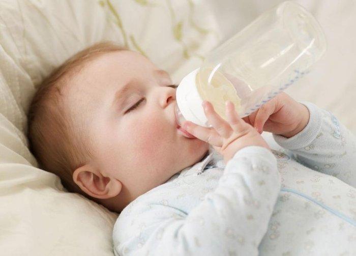bổ sung sữa cho trẻ để phát triển thể chất
