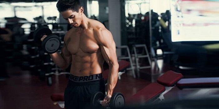 Tập luyện kết hợp thực phẩm Elite Labs Mass Muscle Gainer 10LBS tăng cơ nhanh