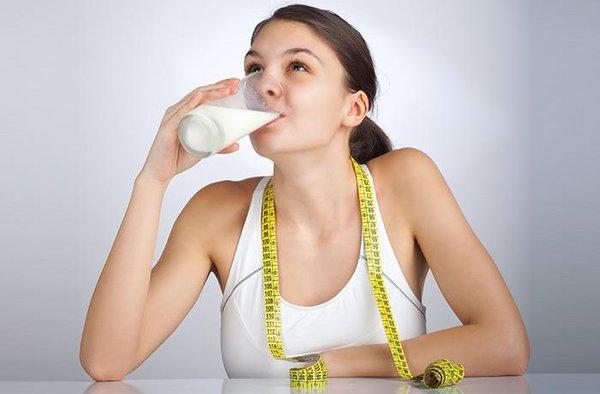 Uống sữa tăng cân để có hiệu quả tốt nhất